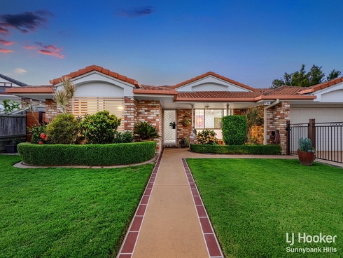 11 Coventry Place Wishart, QLD 4122