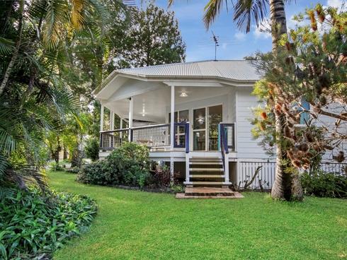 1 Ooyan Street Coochiemudlo Island, QLD 4184