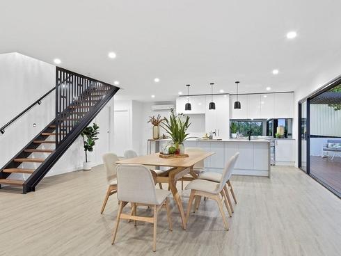 2/14 Pinehurst Place Robina, QLD 4226