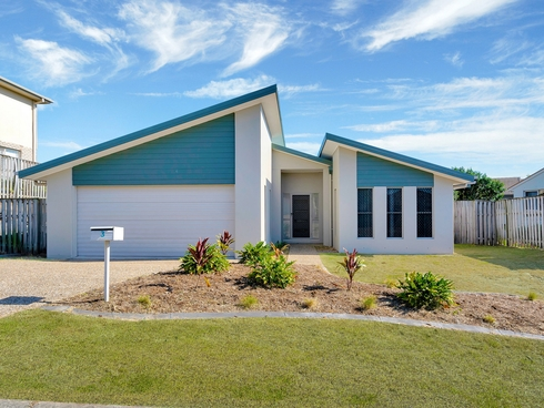 3 Ainsworth Street Pacific Pines, QLD 4211