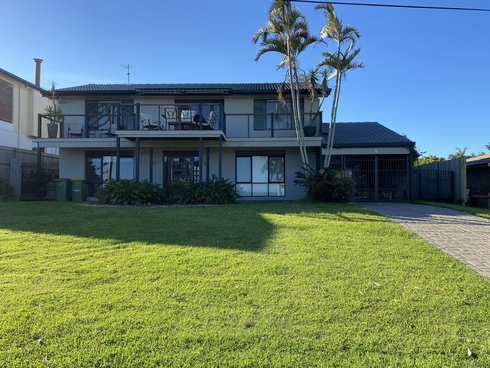 4 Waterfront Easement Redland Bay, QLD 4165