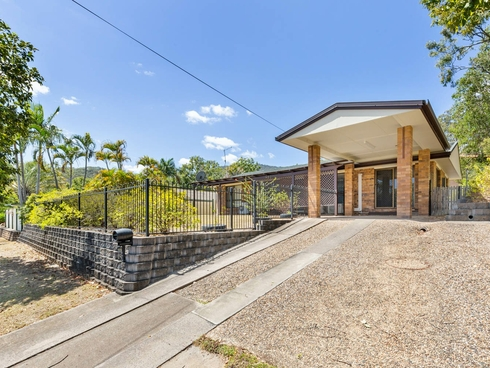 422 Thozet Road Frenchville, QLD 4701