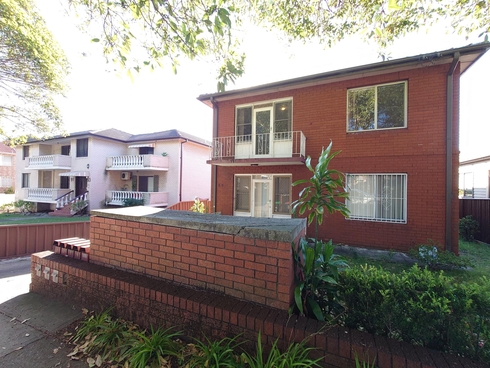 2/89 Ninth Avenue Campsie, NSW 2194