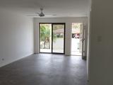 1/5 Gumbeel Court Highland Park, QLD 4211