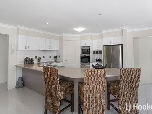 42 Lime Street Redland Bay, QLD 4165