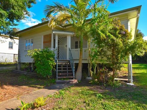 18 Coronation Avenue Woodford, QLD 4514