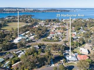 25 Harborne Avenue Rathmines , NSW, 2283