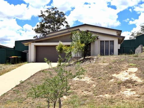 14 Chivers Circuit Muswellbrook, NSW 2333
