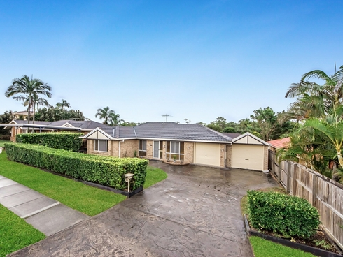 30 Bottlebrush Drive Regents Park, QLD 4118