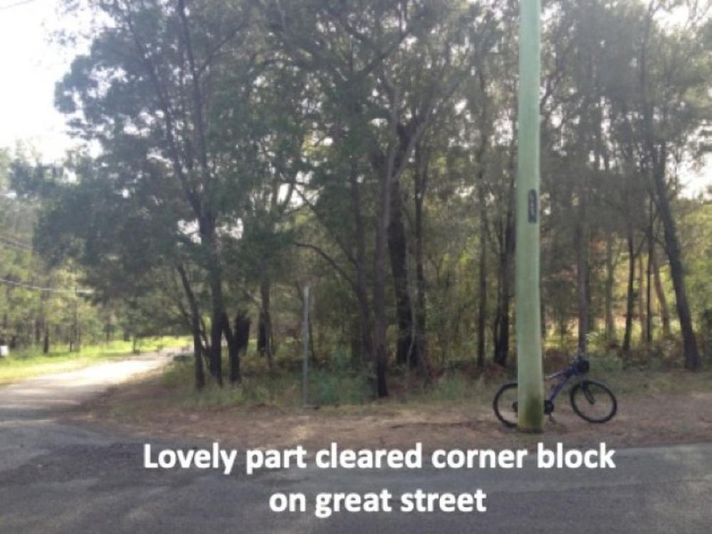 11 Oomool Street Macleay Island, QLD 4184