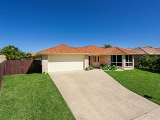 2 Lockyer Place Pelican Waters , QLD, 4551