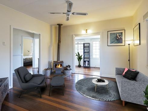 126 Victoria Street Fairfield, QLD 4103