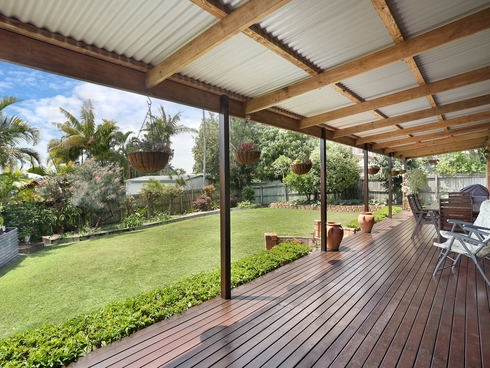 8 Kirk Place Sandstone Point, QLD 4511