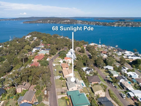 68 Sunlight Parade Fishing Point, NSW 2283