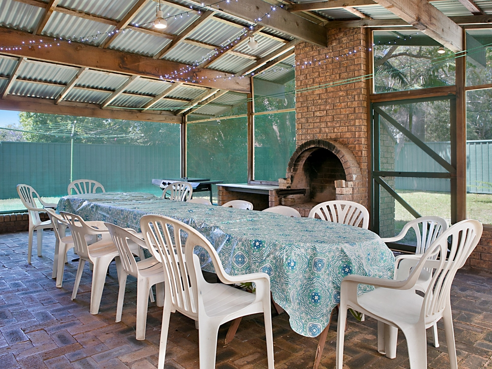 32 Kurrawong Avenue Hawks Nest, NSW 2324